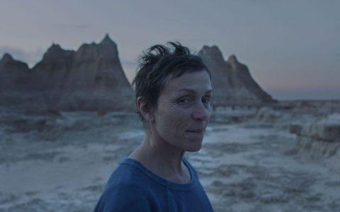 《无依之地》影评:'充满人性和温柔'
